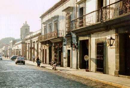 Calles para caminar, no sólo para transitar (Oaxaca)